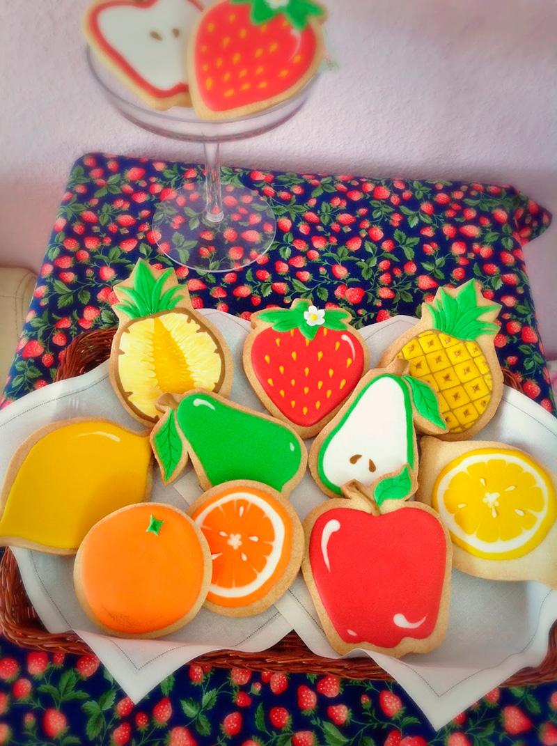 Galletas-con-forma-de-frutas-para-niños