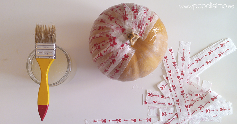 Calabaza decorada con decoupage papelisimo - Servilletas de papel decoradas para manualidades ...