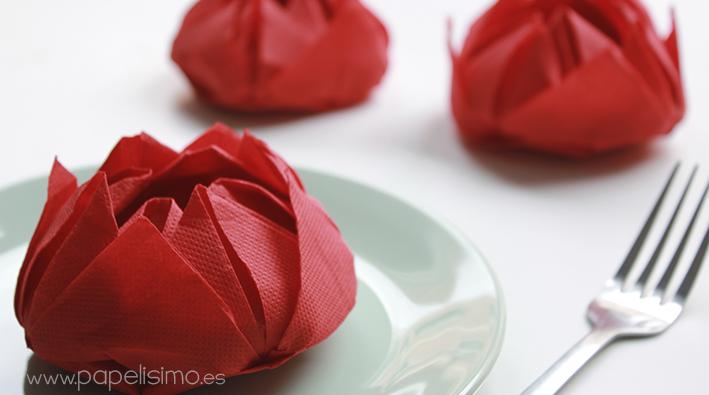 formas-originales-de-doblar-servilletas-de-papel-forma-de-flor