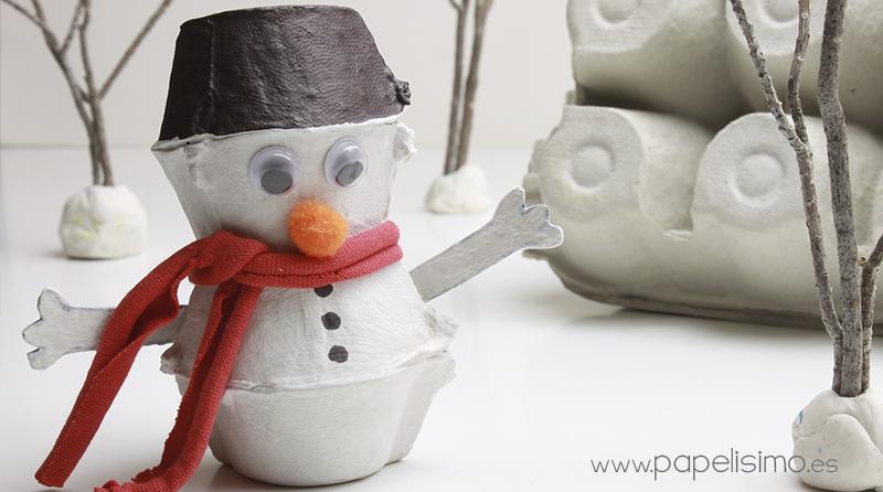 manualidades reciclaje navidad muñeco de nieve con vasos caja de huevos