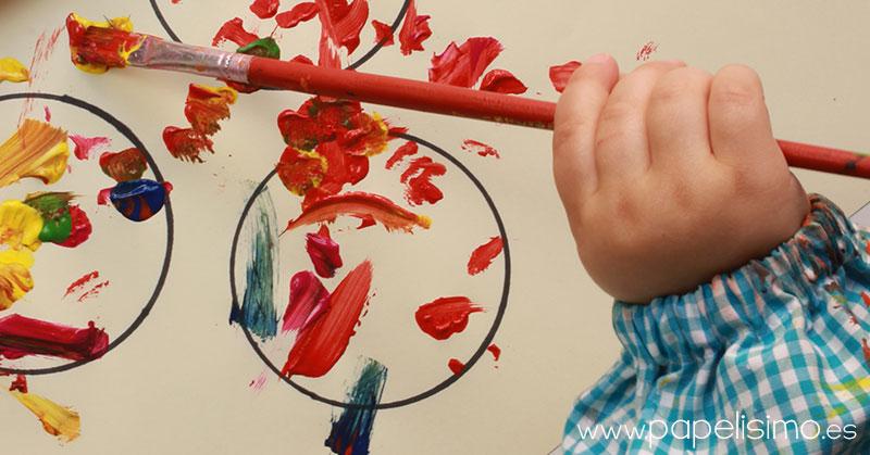 dibujar-circulos-de-tempera-con-ninos