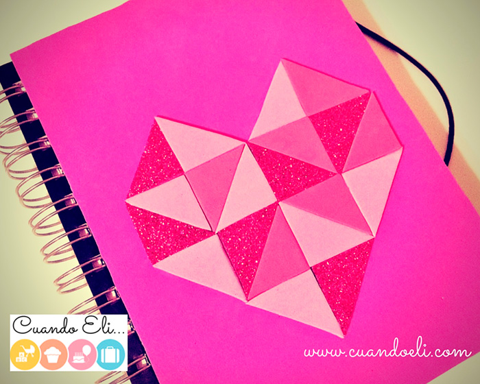 Libreta decorada con corazon geometrico de goma eva