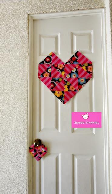 Marcador para puerta con forma de corazon papel