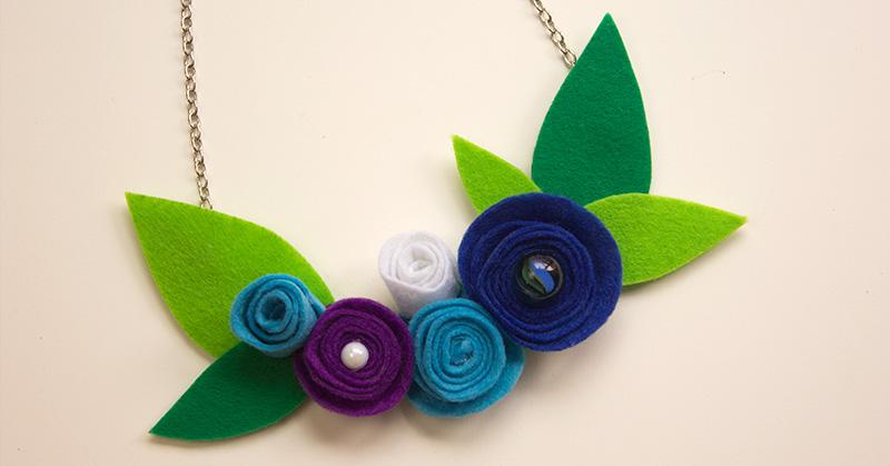 C mo hacer collar con flores de fieltro papelisimo - Como hacer figuras de fieltro paso a paso ...
