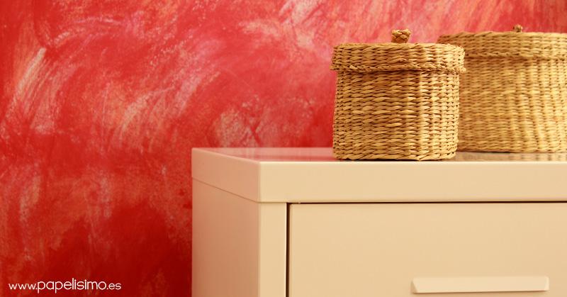 Como-pintar-pared-envejecida-vintage-con-papel