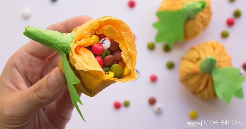 Calabaza-de-papel-rellena-de-caramelos-Halloween-3