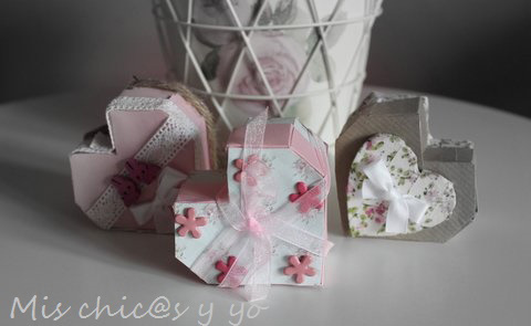 Cajas-de-corazón-de-cartulina-para-regalo